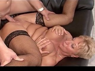 Pussy Weights, Fisting And A Pussy Pump For Blue Angel XXX
